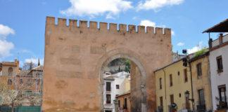 Puerta de Elvira a Granada